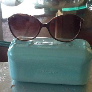 Beautiful Tiffany and Co . Sun glasses